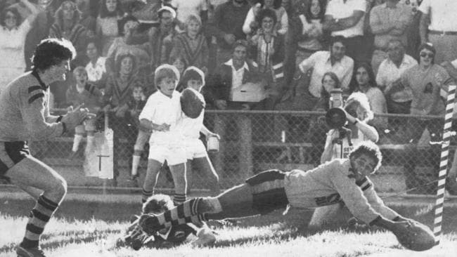Larry Corowa was another of the rookie wonders with 24 tries from 21 games in 1978