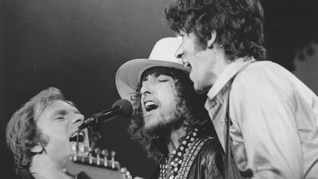"Van Morrison, Bob Dylan and Robbie Robertson sing 'I Shall Be Released' the finale of 'The Last Waltz' a filmed concert of the 'The Band's"" last concert appearance."