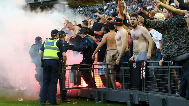 western sydney wanderers flares up - photo#7