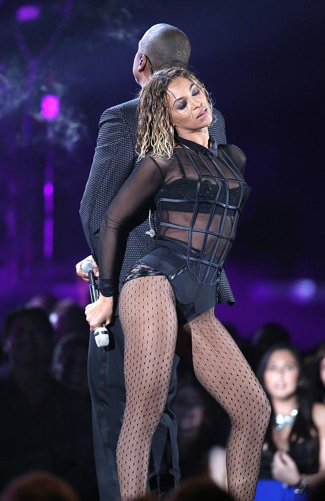 Dynamic duo ... Beyonce and Jay-Z crank up the temperature in the room at the Grammy Awards. Picture: AP