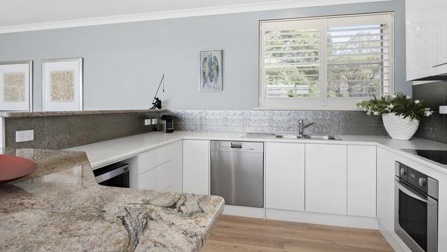 6/124 Franklin Parade, Encounter Bay. Supplied by Toop&Toop Real Estate.