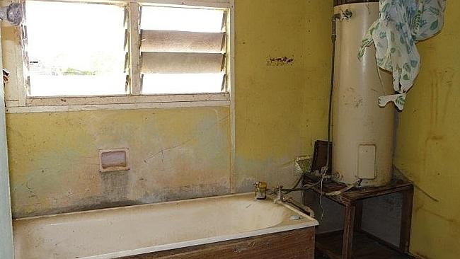 YOU might want to get renovating and modernise the bathroom at Mary St, Mitchell. Picture