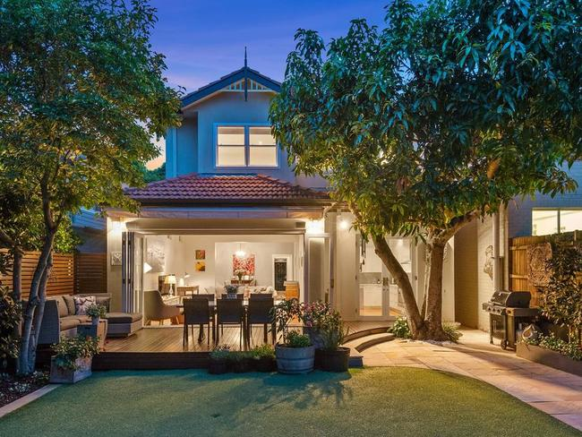 No. 33 Glover St Mosman sold for an undisclosed price by Ray White's Geoff Smith as part of the agency's feat of selling 17 properties in a week.