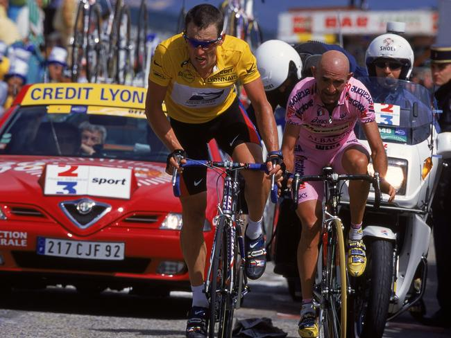 Lance Armstrong rides just ahead of Marco Pantani of Italy (the stage winner) at the 2000 Tour.
