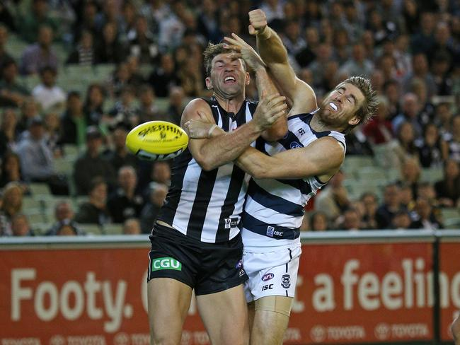 Lonergan kept Collingwood's Travis Cloke goalless in Round 3. Picture: George Salpigtidis
