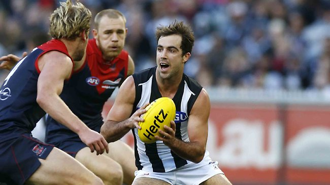 Magpie Steele Sidebottom steps through traffic during the second quarter. Picture: Michael Klein
