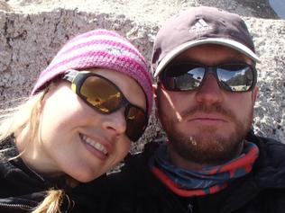 Everest wife 'died in my arms'