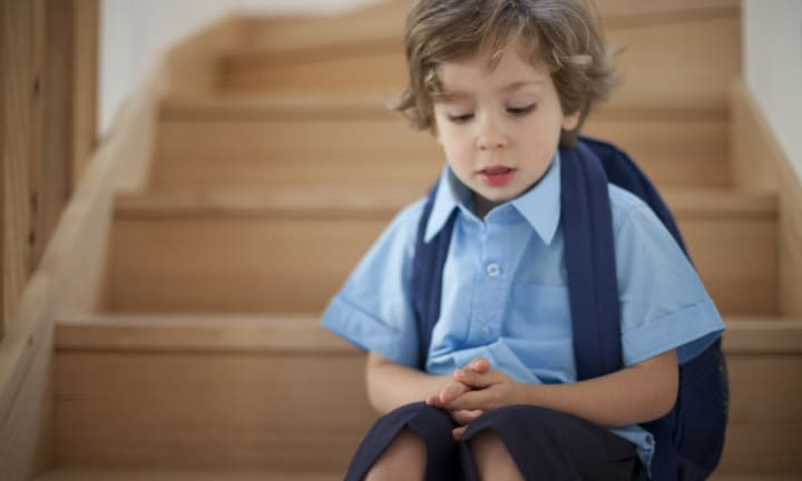 An experts tips to build a shy child's confidence before school