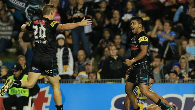 Tyrone Peachey scores for the Panthers.