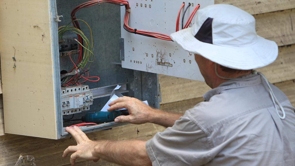 Are there paid training programs for apprentice electricians?