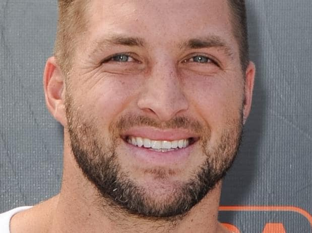 Tebow brings man back from the dead