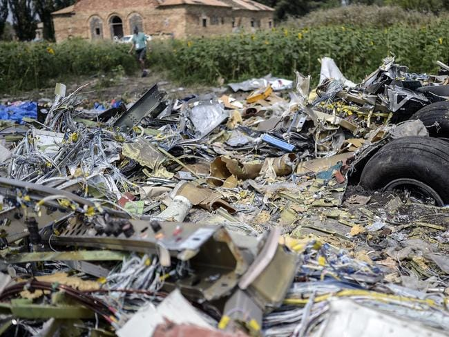 "Prime Minister Tony Abbott is hopeful a more ""permissive"" attitude at the MH17 site would continue and allow Australian police to secure the wreckage."