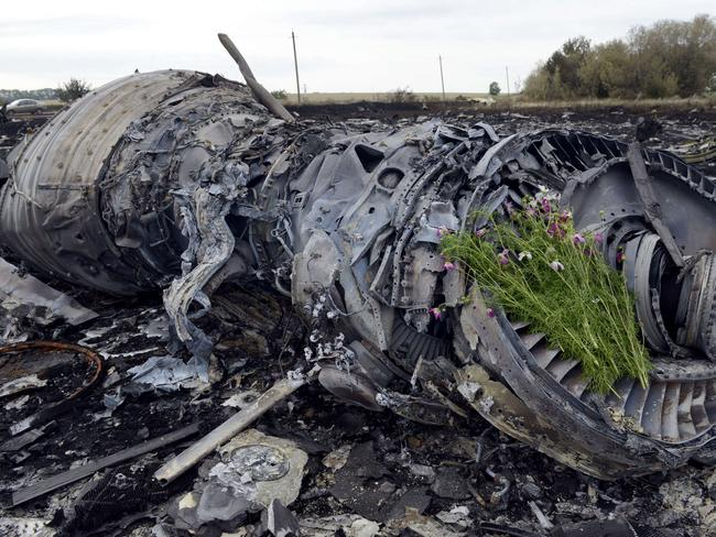 Carnage ... Ukraine and pro-Russian insurgents have agreed to set up a security zone around the crash site of a passenger jet downed in the rebel-held east. Picture: Alexander Khudoteply