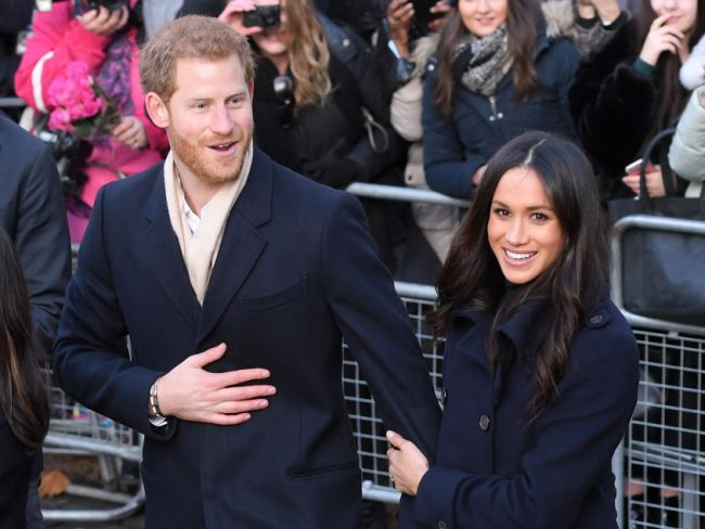 Prince Harry and Meghan Markle's first public walkabout in Nottingham, England. Photo: Karwai Tang / Getty