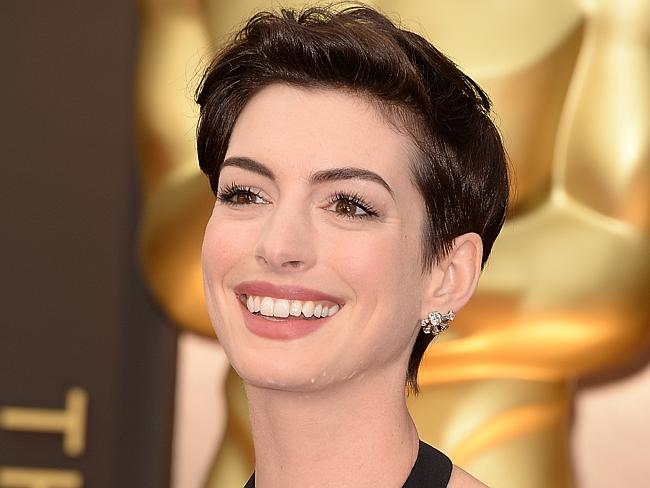 Anne Hathaway attends the Oscars. (Photo by Jason Merritt/Getty Images)