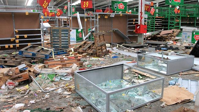 A looted store in Banda del Rio Sali, Tucuman province. Picture: AFP PHOTO / Walter Monteros