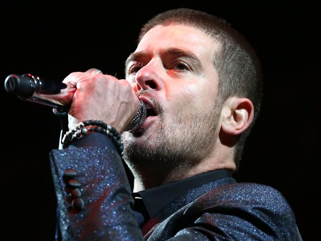 Robin Thicke performs on stage at Wireless Festival at Finsbury Park on July 6, 2014 in London.