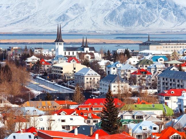 Iceland workers appease elves