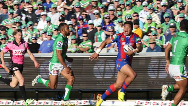 Joseph Leilua has been excellent in a poor year by the Knights. Pic by Gary Ramage.