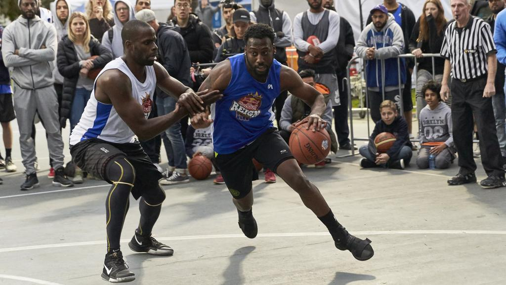 Dondray Walker in action at Red Bull tournament
