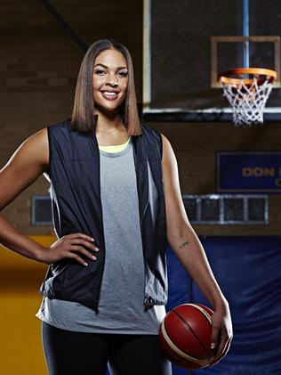 Opals basketball star Liz Cambage talks about depression ...