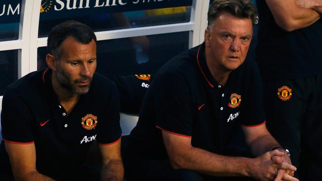 New United boss Louis Van Gaal says he won't settle for the top four, instead targeting the title.