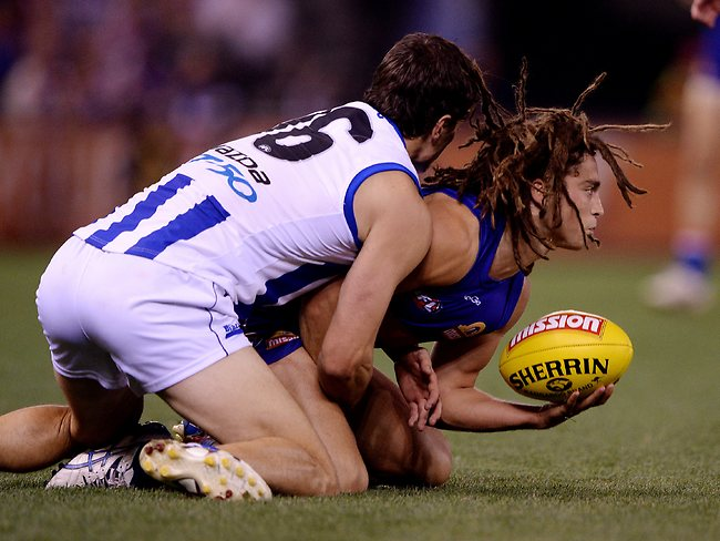 AFL Round 7 Western Bulldogs vs North Melbourne.