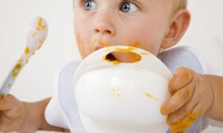 What solids should baby eat first?