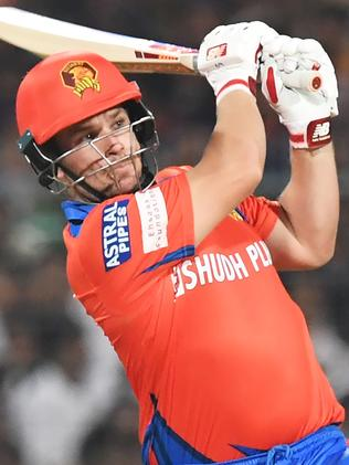 Gujarat Lions cricketer Aaron Finch plays a shot during the 2017 Indian Premier League (IPL) Twenty20 cricket match between Kolkata Knight Riders and Gujarat Lions at The Eden Gardens Cricket Stadium in Kolkata on April 21, 2017. ----IMAGE RESTRICTED TO EDITORIAL USE - STRICTLY NO COMMERCIAL USE----- / GETTYOUT------ / AFP PHOTO / Dibyangshu SARKAR / IMAGE RESTRICTED TO EDITORIAL USE - STRICTLY NO COMMERCIAL USE----- / GETTYOUT