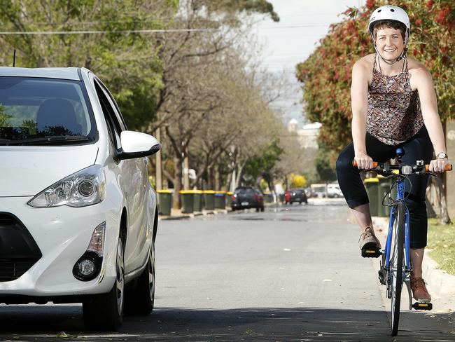 Stay safe ... Drivers can be fined if they give less than one metre of space when passing a cyclist at less than 60km/h, and less than 1.5 metres of space at more than 60km/h. Picture: Bianca De Marchi