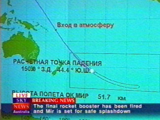 A map showing the path of Russian space station Mir descending into the earth's atmosphere into the Pacific Ocean on March 23, 2001.