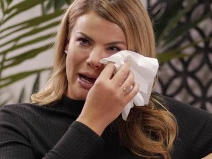 Fiona Falkiner breaks down over weight