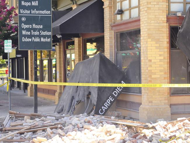 Life in the balance ... The damaged Carpe Diem restaurant is seen in Napa, California. The US Geological Service said that the quake was the most powerful to hit the San Francisco Bay area since the 1989 6.9-magnitude Loma Prieta earthquake. Source: AFP