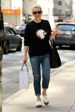 Cate Blanchett, wearing a poodle head sweatshirt, rolled up jeans, and slip on sandals, walks to her matinee performance of 'The Maid' at New York City Theatre. Picture: Splash