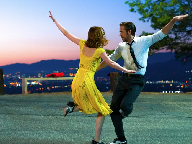 A dance scene from La La Land performed by Emma Stone and Ryan Gosling