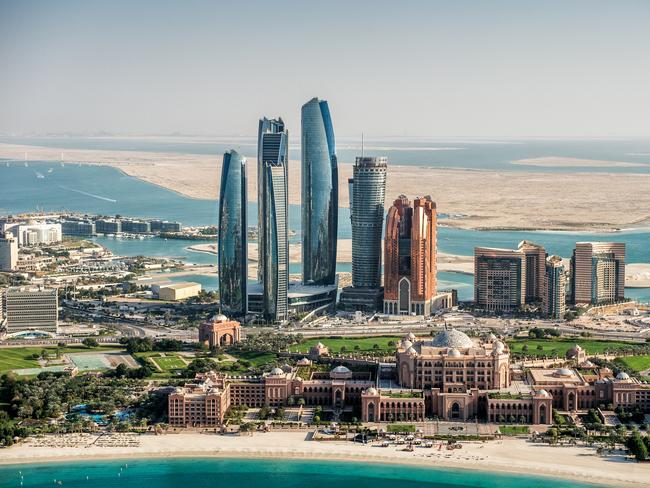 Etihad will get you to Dubai for free if you're arriving in Abu Dhabi.