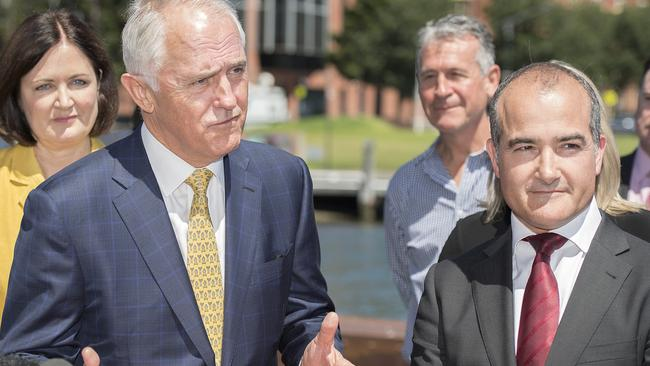 Prime Minister Malcolm Turnbull and acting Victorian Premier James Merlino exchanged barbs on the gang issue yesterday. Source: AAP Image/Ellen Smith.