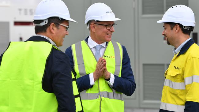 SA Premier Jay Weatherill speaks to the maintanence staff at the Tesla battery site during the launch of Tesla's 100 megawatt lithium-ion battery. Picture: AAP.