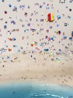 ONE TIME USE FOR SUNDAY ESCAPE TRAVEL ONLY. Bondi Beach, Sydney, NSW. MUST CREDIT: The Vertical Project
