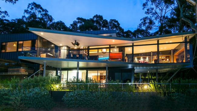 The best of geelong bellarine peninsula and surf coast for Beach house designs geelong