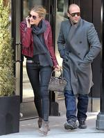 <p>Rosie Huntington-Whiteley and boyfriend Jason Statham try to slip under the radar while flat hunting in the Big Apple. Picture: Snappermedia</p>  <p> </p>