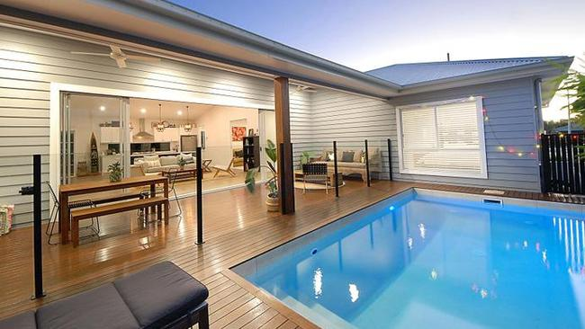 6 Babbler Crt, Burleigh Waters. Picture: realestate.com.au