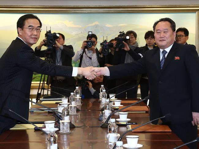 South Korean Unification Minister Cho Myoung-gyon and the head of North Korean delegation Ri Son-Gwon. Picture: Korea Pool/Getty Images