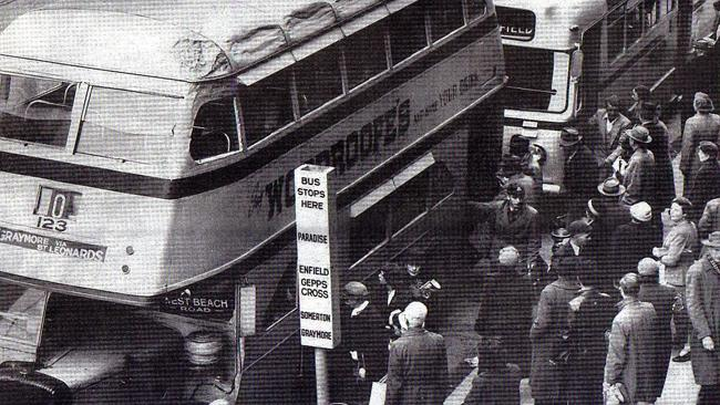 Source; The Advertiser. Notice how the top deck of the bus, on the left hand side, has been dented all the way along the roof...