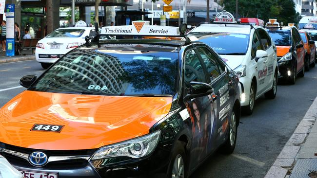 What's cheaper — taxi or Uber in Brisbane? Discounts offered to lure customers | The Courier-Mail