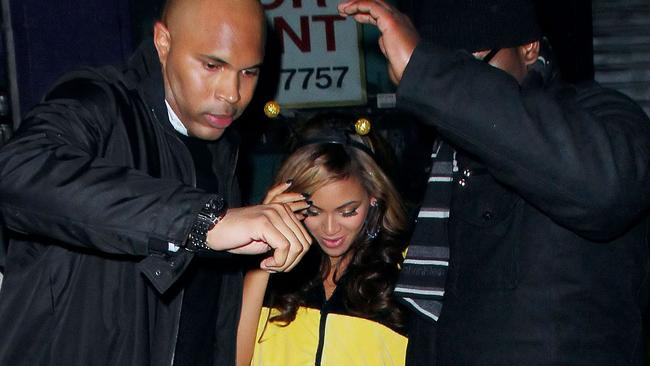 10 BIGGEST Celebrity Bodyguards You Don't Want To Fight ...