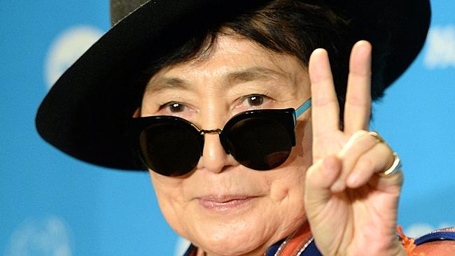 Yoko Ono has added her voice to pleas to dolphin fishermen that they stop their hunt.