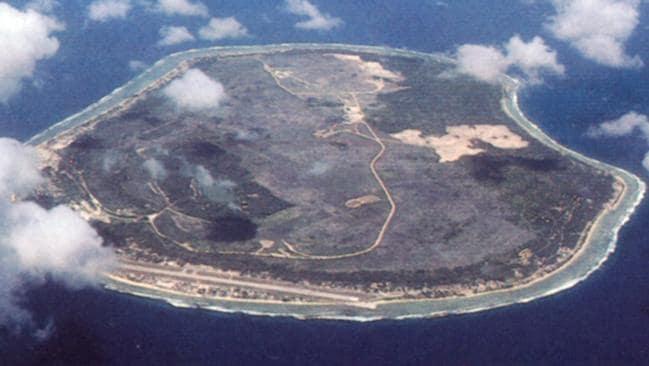 Second refugee on Nauru set herself on fire