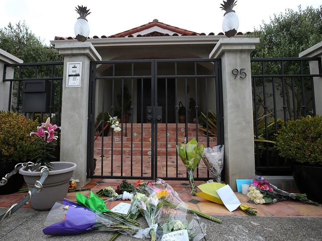 Flowers sit in front of the home of actor and comedian Robin Williams in Tiburon, California. Picture: Justin Sullivan/Getty Images  <i>If you, or someone you know needs help, please contact Lifeline on 13 11 14. </i>