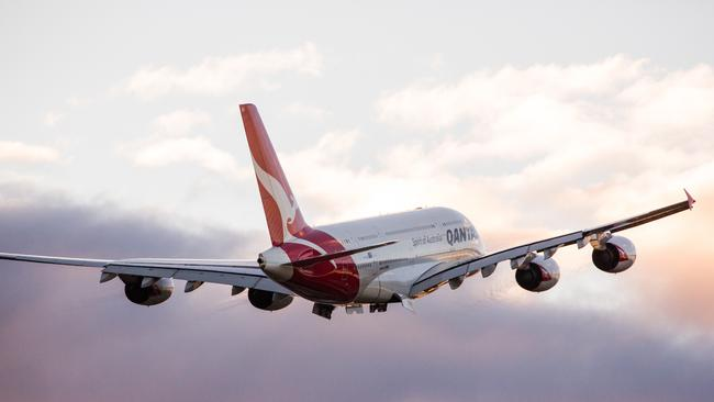 how to use qantas frequent flyer points